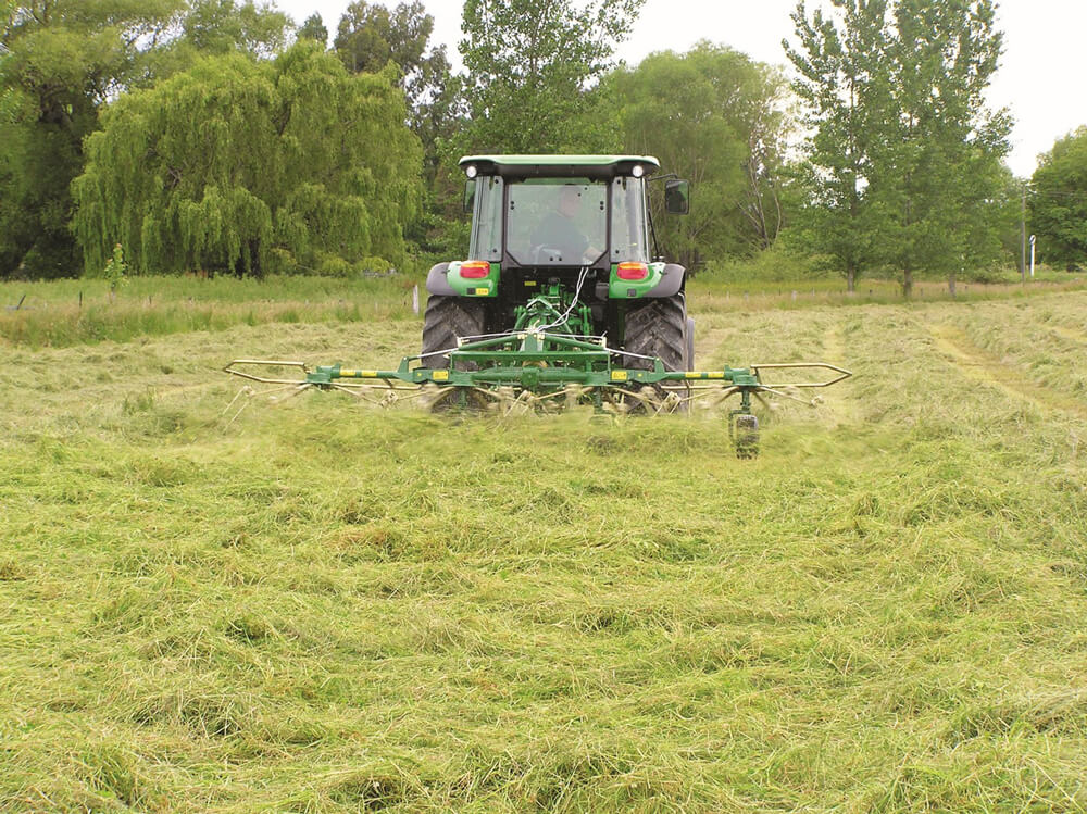 When to tedder for best silage